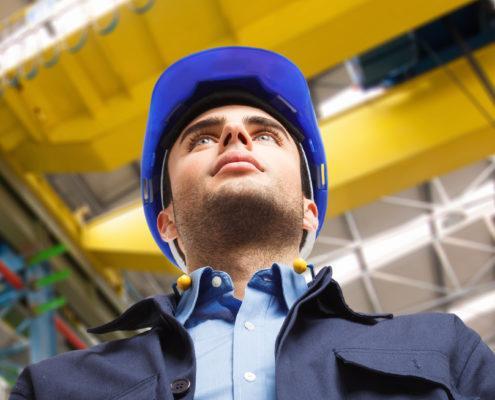 shutterstock 153405230 495x400 - Кран-балка 2 тонны